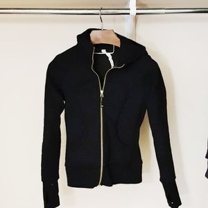 Lululemon black & dark green scuba hoodie -E2